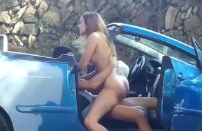 Cazando a una zorrita de 19 años por las calles de Valencia