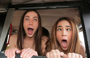 dos chicas españolas folladas en el taxi