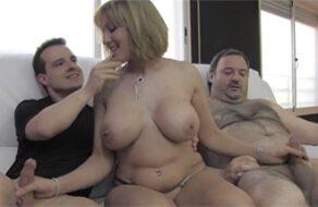 Nuria Milf de regreso al porno con un trío