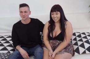 Gordita se pone tonta al conocer a su actor porno favorito